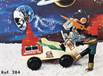 airgamboys 00284 - Alien Red planet con rover lunar